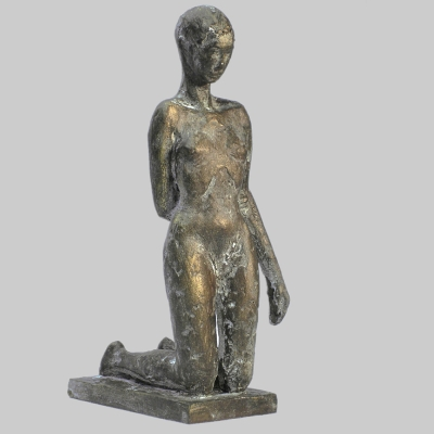 Angelika Kienberger, Kleine Knieende, 2006, Bronze, 16x4,5x8,5   cm